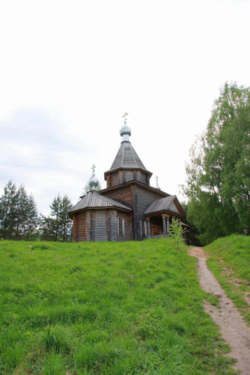Церковь Казанской иконы Божией Матери, Светлояр, озеро