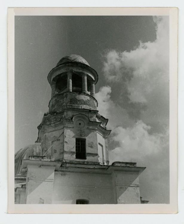 Церковь Воскресения Христова, Ульяново