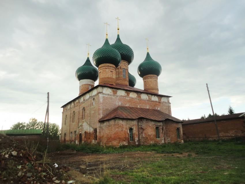 Церковь Рождества Пресвятой Богородицы, Великое