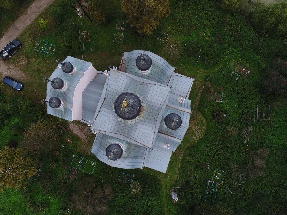 Церковь Троицы Живоначальной, Уницы