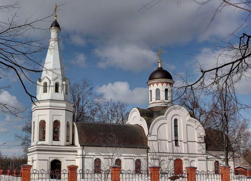 Церковь Тихвинской иконы Божией Матери в Троицке, Москва