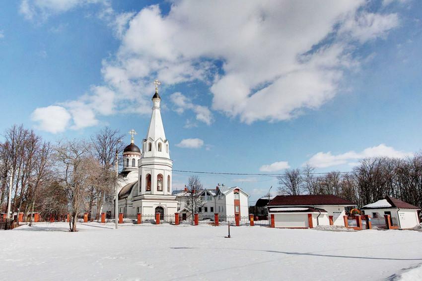 Церковь Тихвинской иконы Божией Матери-Троицк-Ленинский район-Московская область