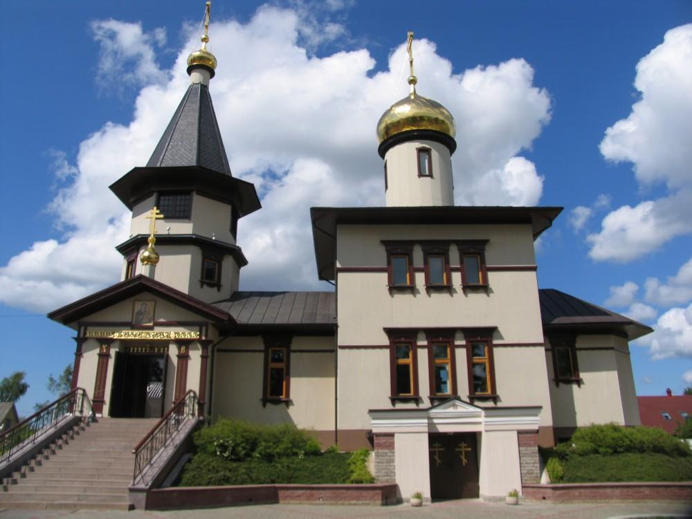 Церковь Нарвской иконы Божией Матери и Иоанна Кронштадского, Нарва
