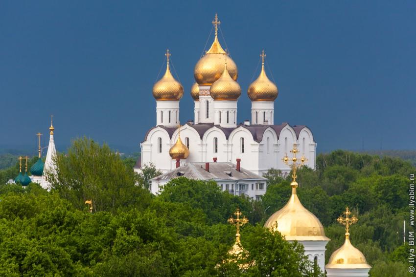Кафедральный собор Успения Пресвятой Богородицы-Ярославль-г. Ярославль-Ярославская область