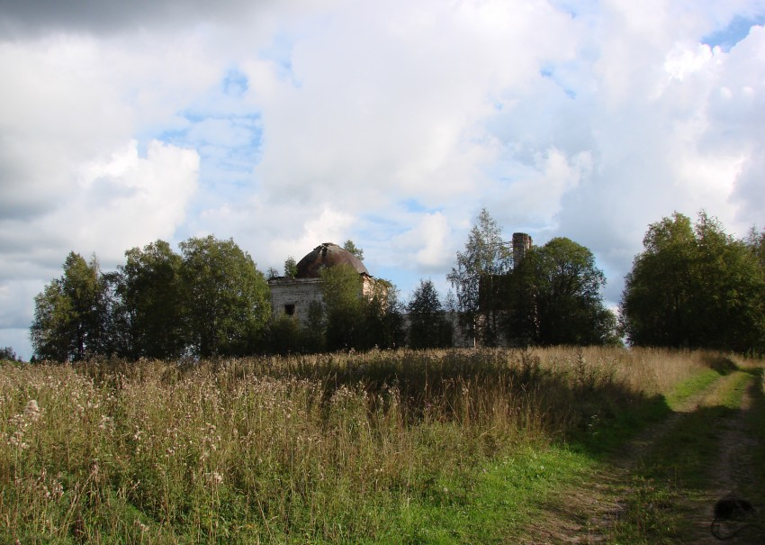 Церковь Благовещения Пресвятой Богородицы, Тютрюмово