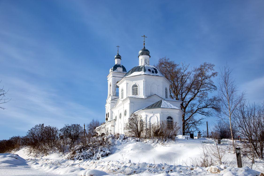 Церковь Димитрия Солунского, Пужбол
