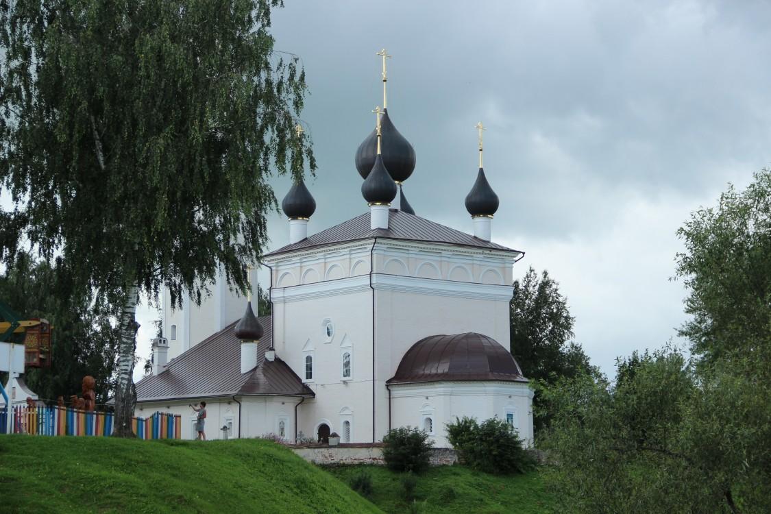Церковь Воскресения Христова, Вятское