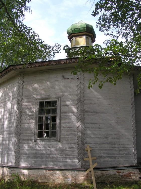 Церковь Михаила Архангела, Шадрино