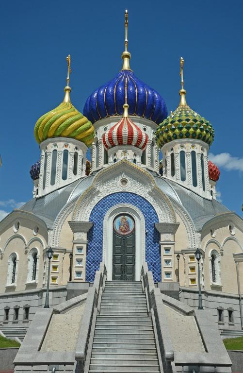 цунами, волна церкви в зао москвы какой