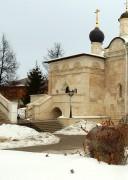 Серпухов. Введенский Владычный монастырь. Придельная церковь Святителей Московских