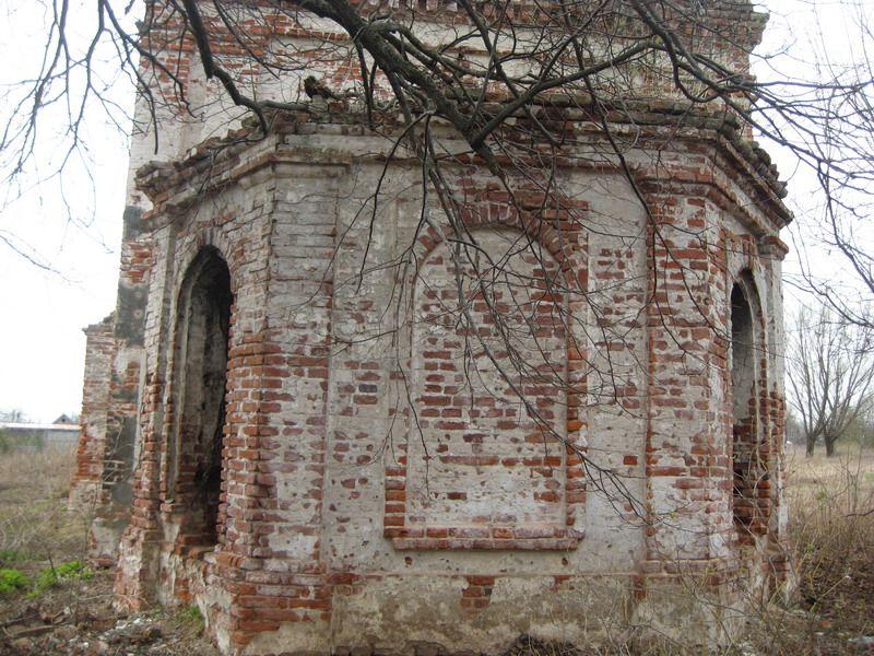 Церковь Троицы Живоначальной, Старое Поле