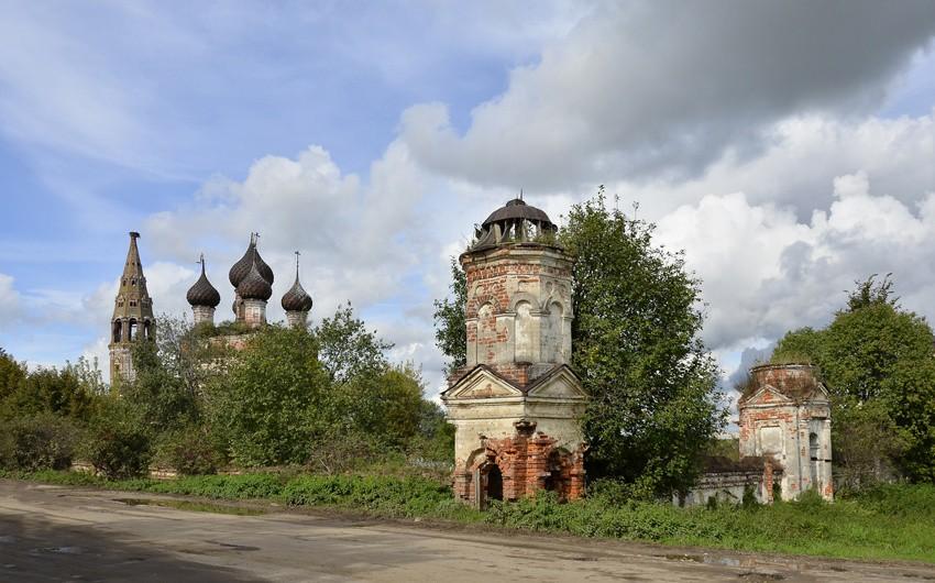 Церковь Троицы Живоначальной-Ёмсна-Нерехтский район-Костромская область