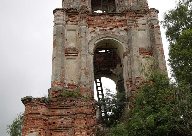 Церковь Михаила Архангела, Звенячево