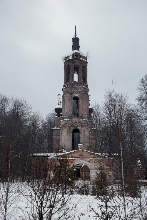 Церковь Троицы Живоначальной, Губачево