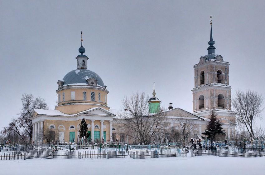Церковь Трех Святителей-Белоомут-Луховицкий район-Московская область