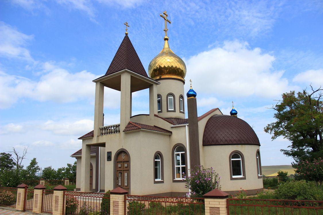 Церковь Димитрия Солунского, Ессентукская