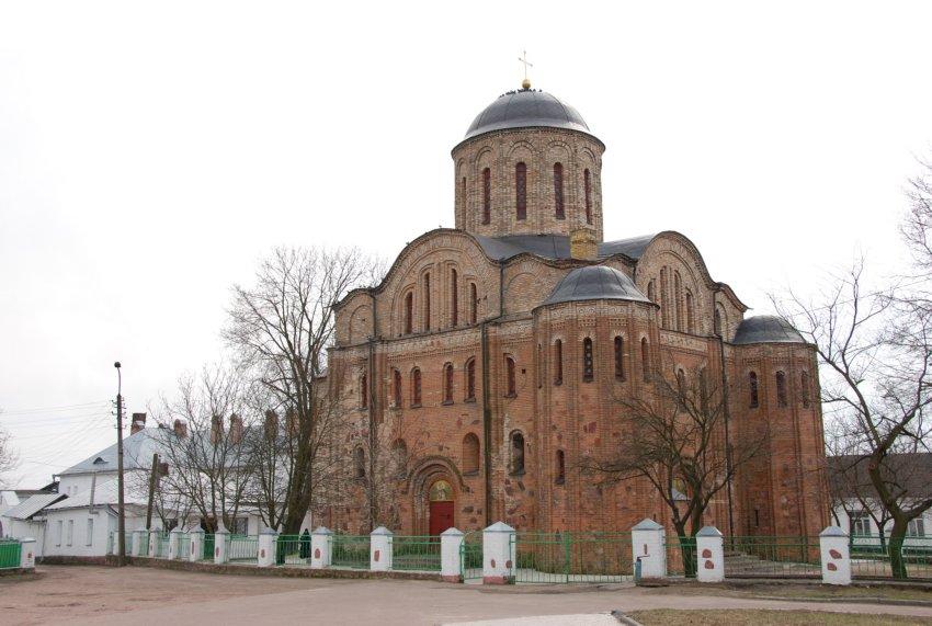 Васильевский женский монастырь. Собор Василия Великого, Овруч