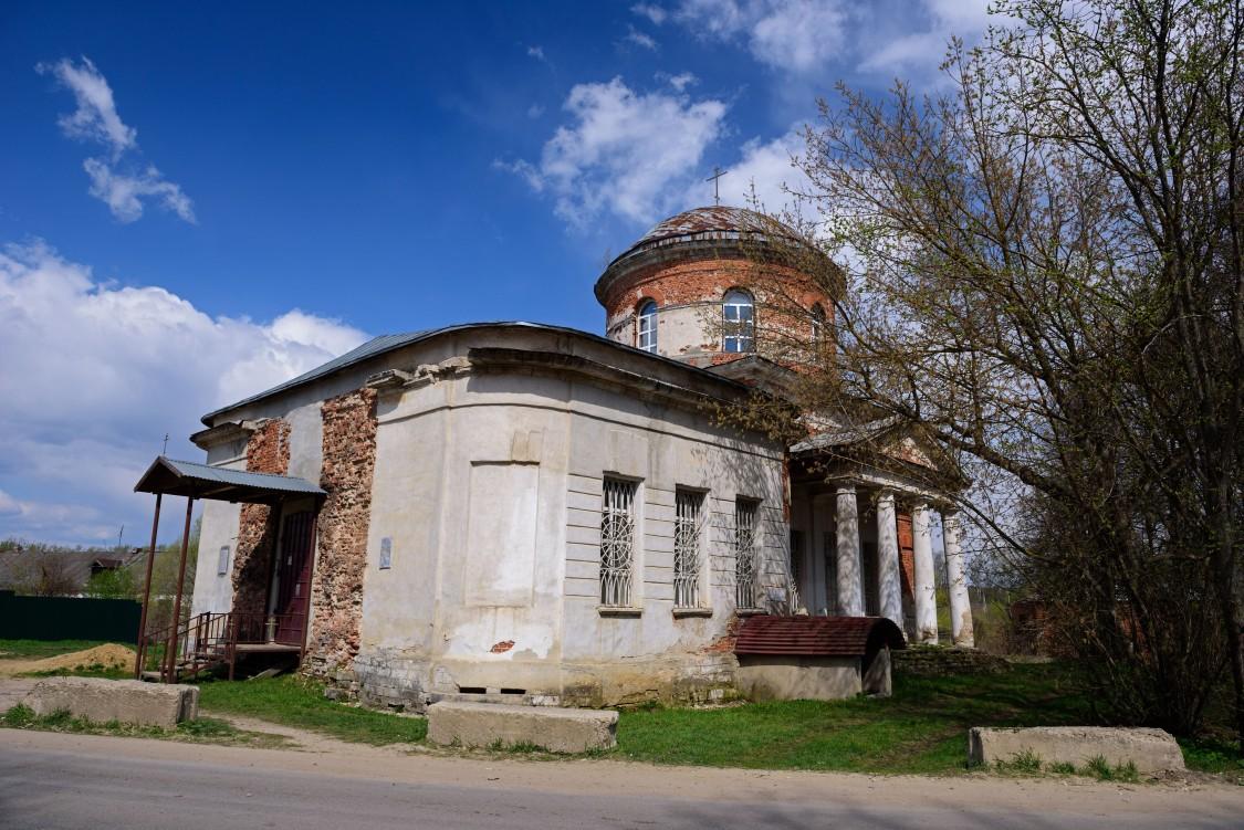 Церковь Воскресения Словущего, Оленьково