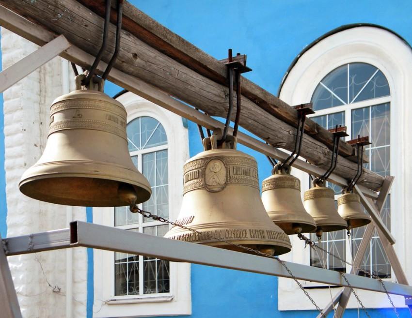 Церковь Покрова Пресвятой Богородицы, Пристень