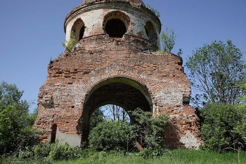 Церковь Смоленской иконы Божией Матери, Ивановское