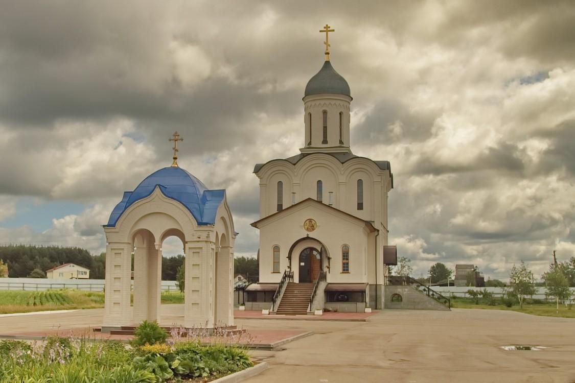 Скит Владимирской иконы Божией Матери, Дворцы