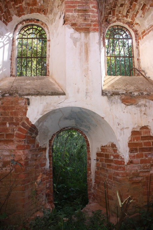 Церковь Михаила Архангела, Жежельна