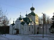 Тихвин. Тихвинский Богородице-Успенский мужской монастырь. Часовня