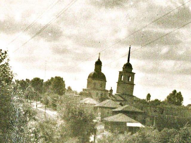 Церковь Покрова Пресвятой Богородицы, Лався