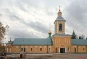 Боровичи. Свято-Духов Иаковлев Боровичский монастырь. Надвратная церковь Иверской иконы Божией Матери