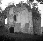 Малы. Мальской Рождественский монастырь. Неизвестная трапезная церковь
