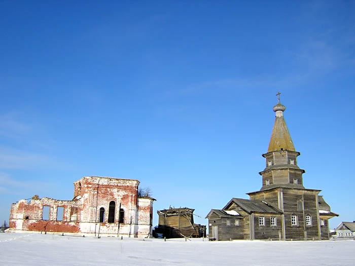 Храмовый комплекс. Церкви Николая Чудотворца (кирпичная и деревянная) и Петра и Павла, Ратонаволок