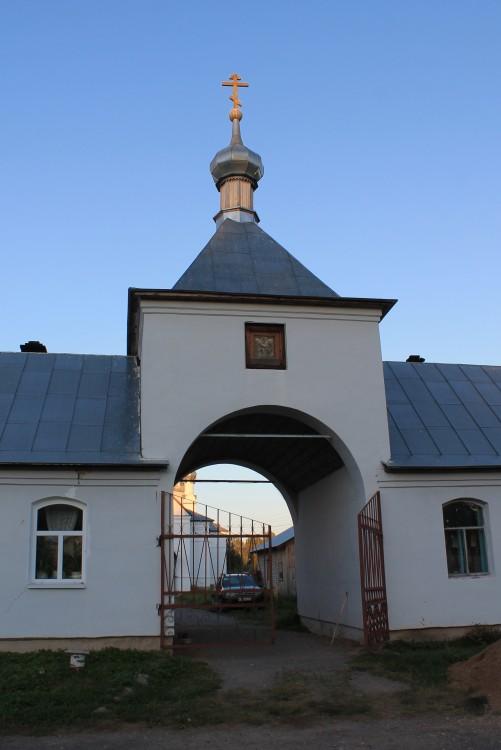 Храмовый комплекс. Церкви Сергия Радонежского и Николая Чудотворца, Сергиевское