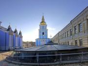 Михайловский Златоверхий монастырь. Неизвестная надвратная церковь - Киев - г. Киев - Украина, Киевская область