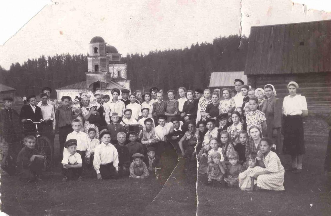 Церковь Тихвинской иконы Божией Матери (старая), Осока