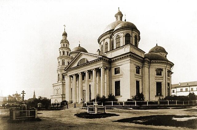 Казанско-Богородицкий монастырь. Собор Казанской иконы Божией Матери, Казань