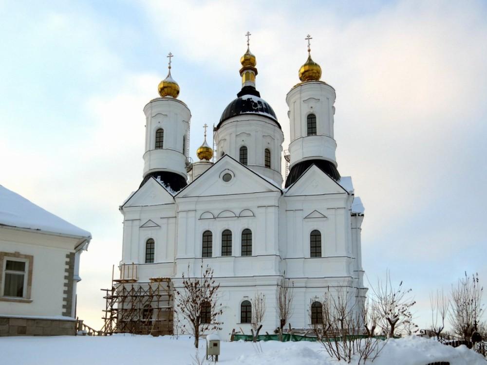 Свенский Успенский монастырь. Собор Успения Пресвятой Богородицы, Супонево