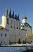 Тихвин. Тихвинский Богородице-Успенский мужской монастырь. Звонница