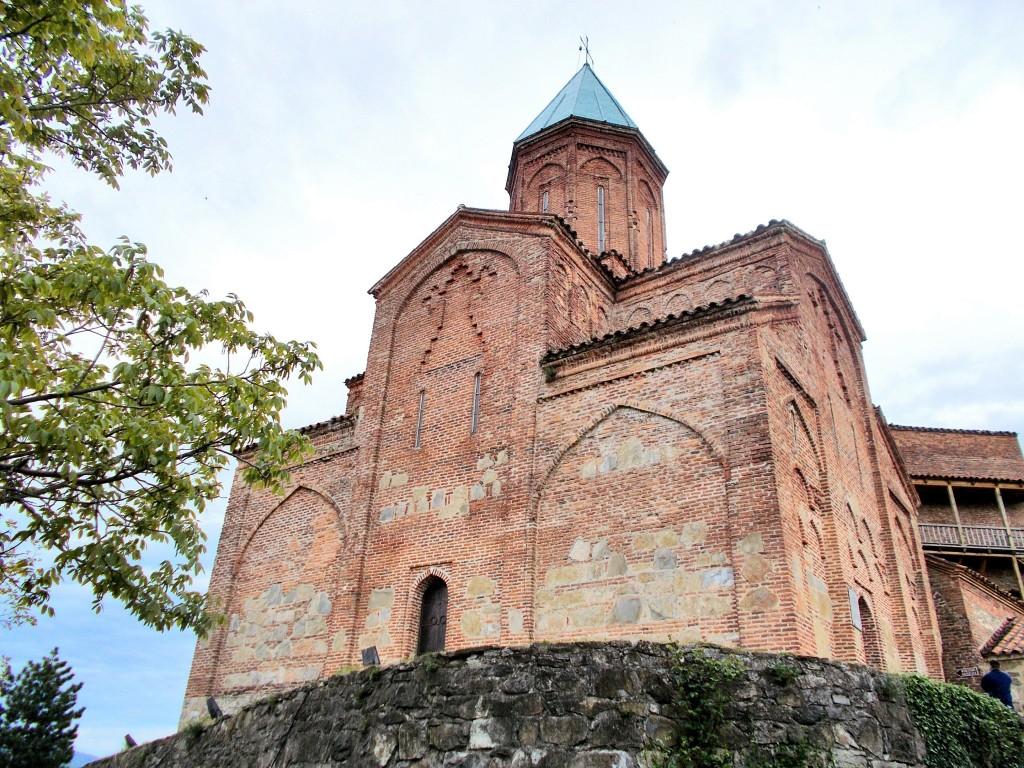 Церковь Гавриила и Михаила Архангелов, Греми