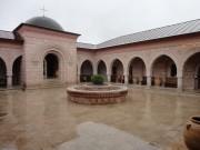 Уса-Степановка. Успенский Георгиевский монастырь. Неизвестная надвратная церковь