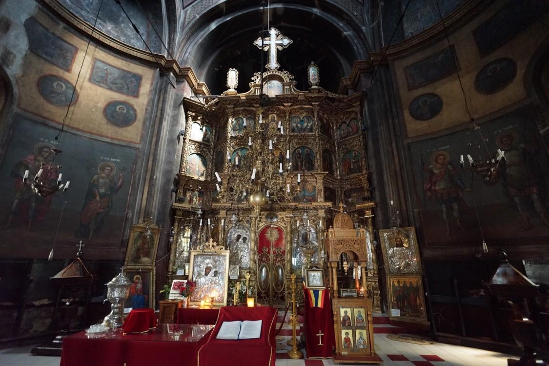 Церковь Димитрия Солунского, Бухарест, Сектор 3