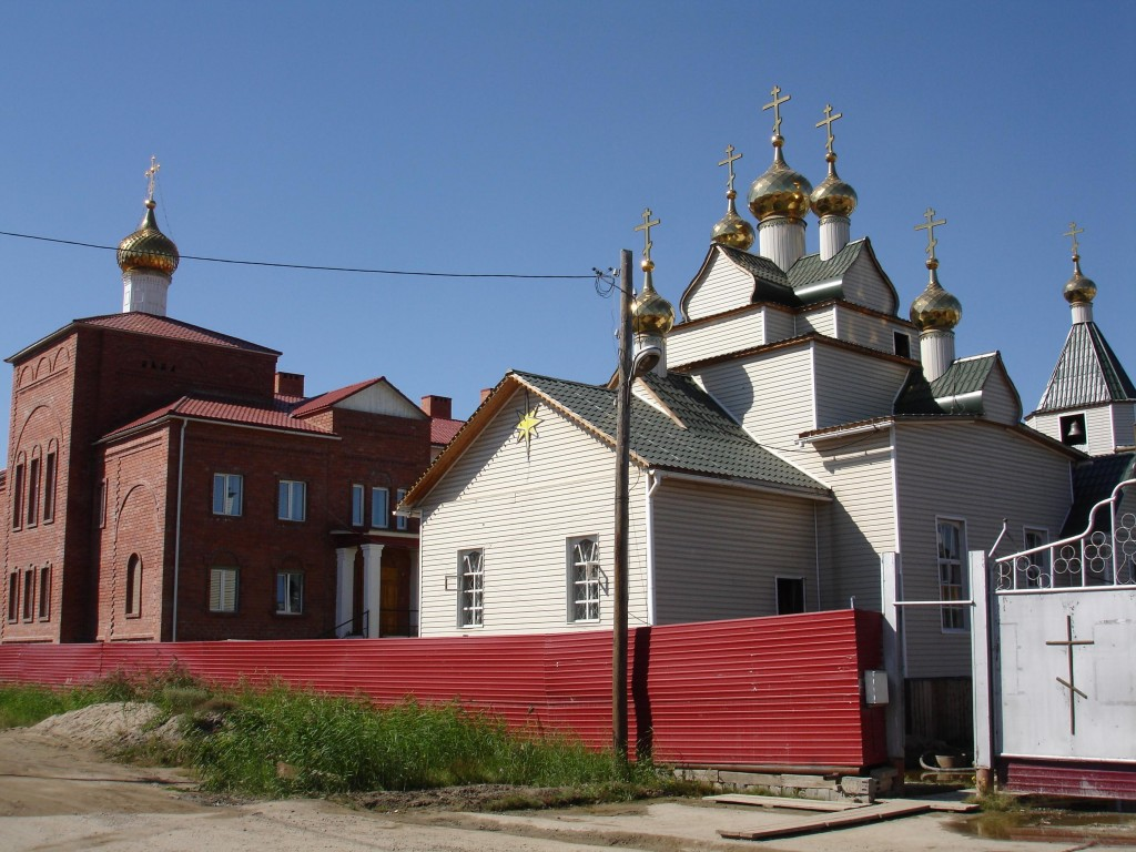 Покровский Якутский женский монастырь. Церковь Покрова Пресвятой Богородицы, Якутск