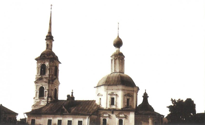 Церковь Василия Великого на Глинках, Углич