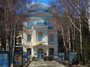 Домовая церковь Иннокентия, епископа Иркутского в дореволюционном здании духовной семинарии - Пенза - г. Пенза - Пензенская область