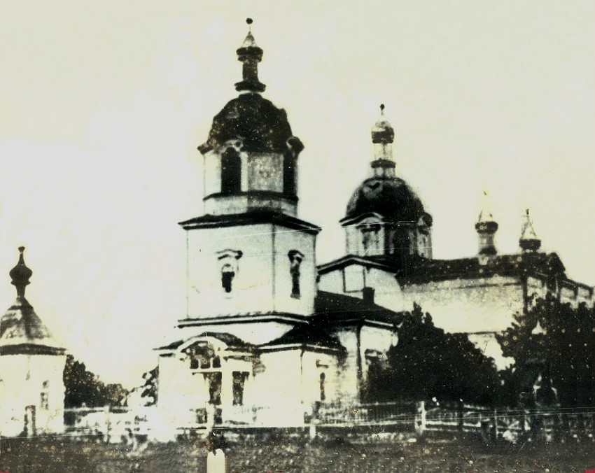 Церковь Троицы Живоначальной (старая), Кошлауши