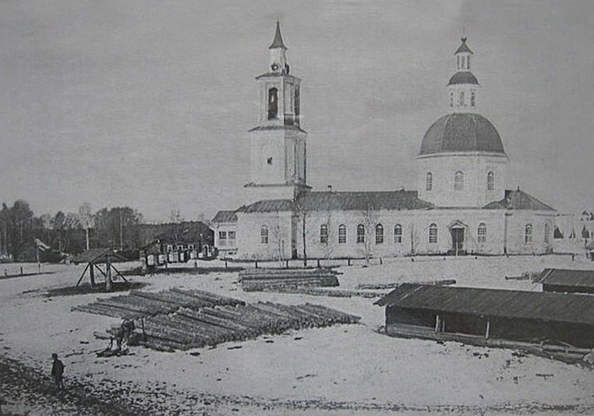 Церковь Троицы Живоначальной, Низево