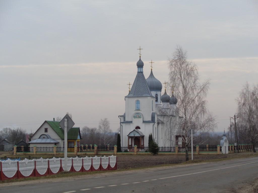 Церковь Рождества Христова, Бездеж