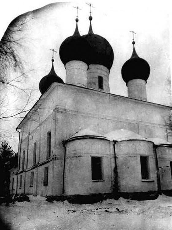 Петровский монастырь. Собор Петра и Павла, Ростов