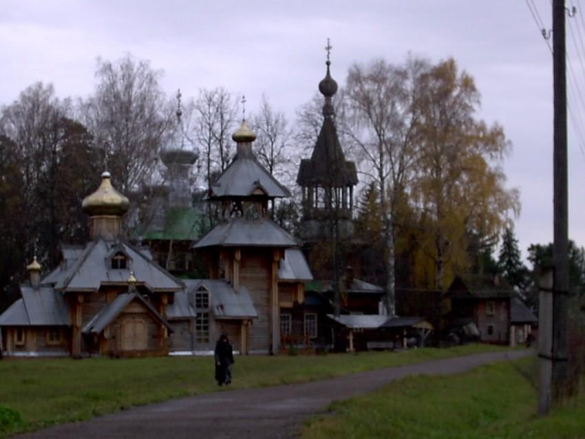 Покрова Пресвятой Богородицы женский монастырь. Церковь Покрова Пресвятой Богородицы, Каменное Заделье