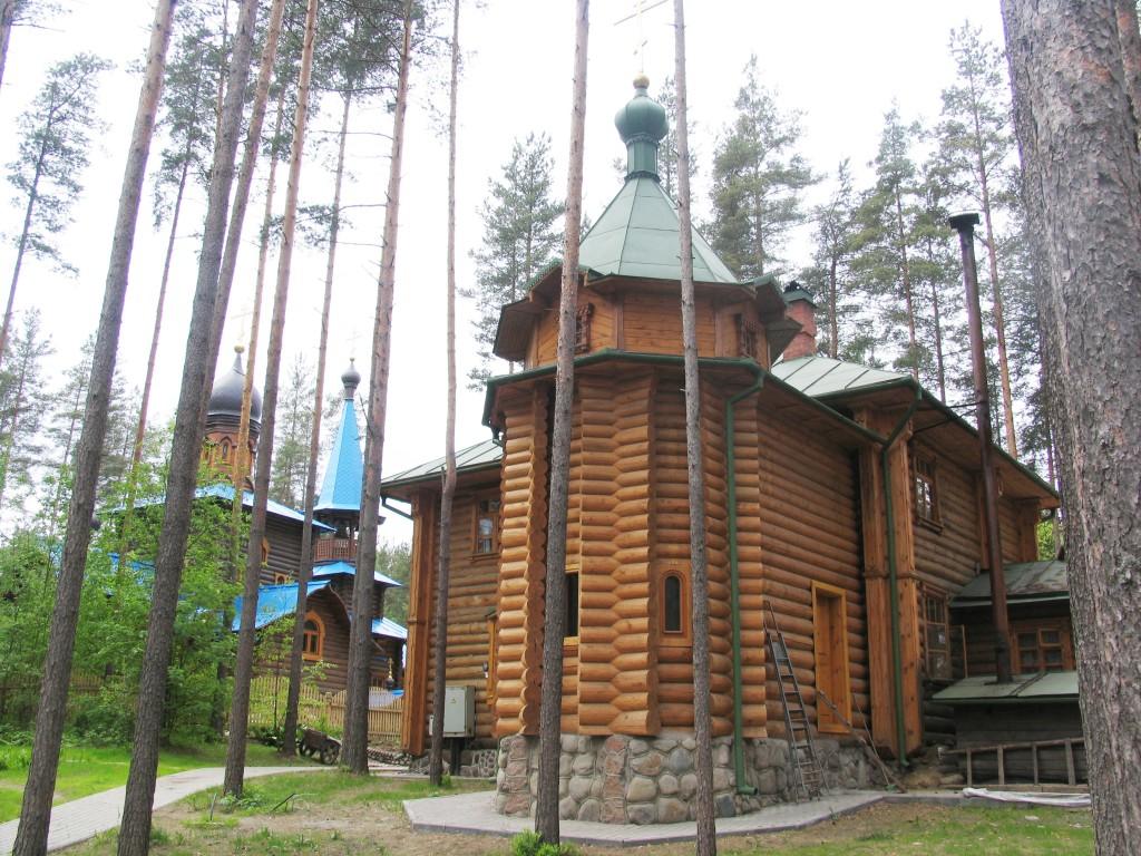 Церковь Петра и Павла, Сапёрное