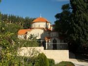Пентакомо. Монастырь Георгия Аламану. Церковь Нектария Эгинского